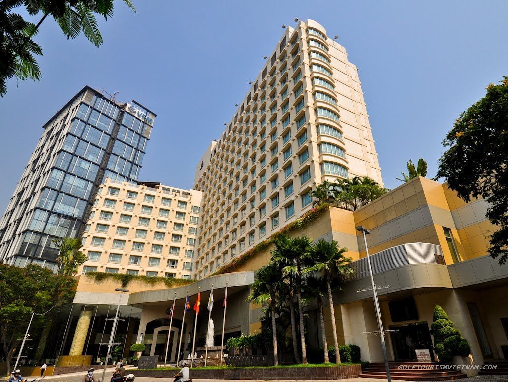 Quận 1 | Khách sạn 5 sao New World, 2 mặt tiền Lê Lai và Phạm Hồng Thái, Quận 1
